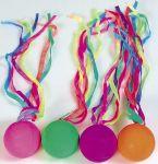 Vollgummiball mit Schleife  Jonglierbälle - 3er Set Regenbogenball / Gummiball / Flummy per Stück Gummi...